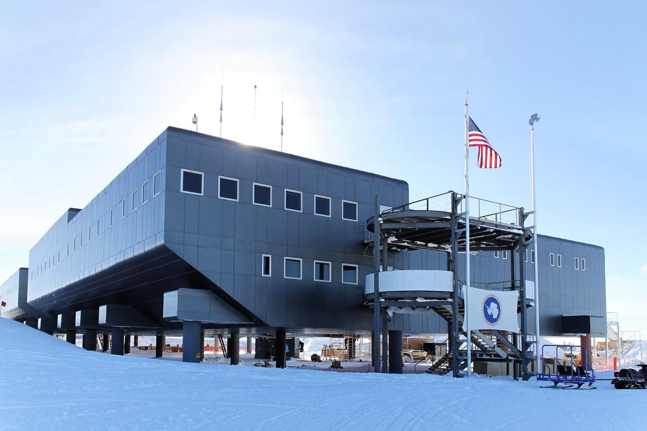 Building in Antarctic