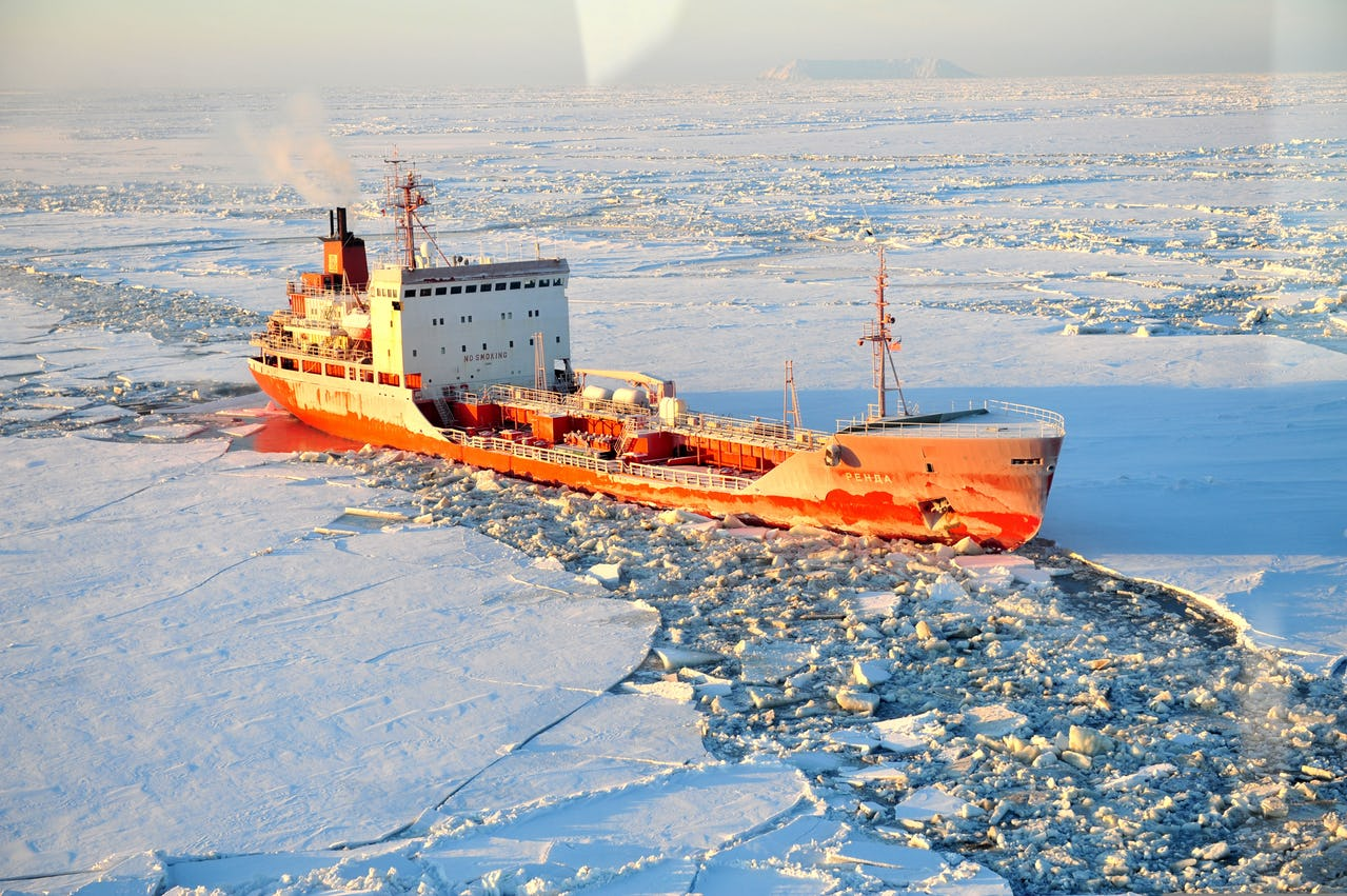Ice-strengthend oil tanker in polar waters