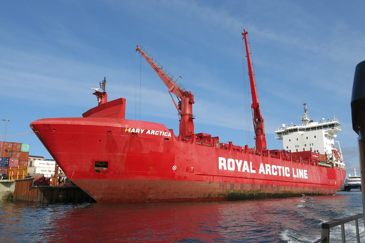 Arctic Line : Prospects of arctic shipping the institute